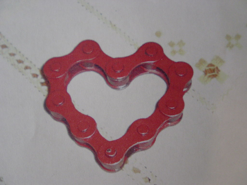 bike chain valentines heart