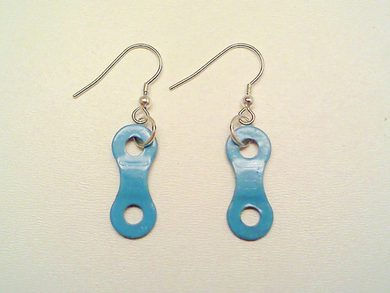 Blue chain earrings | SpokesMan