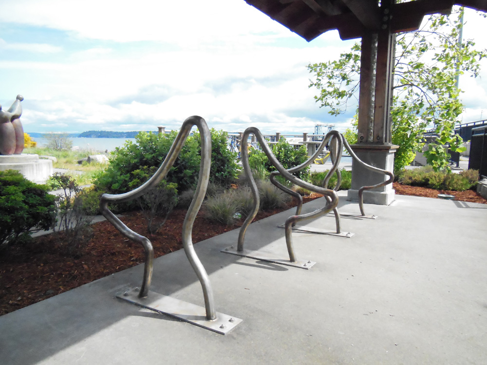 Cycle Whidbey Island  - Whale bike racks