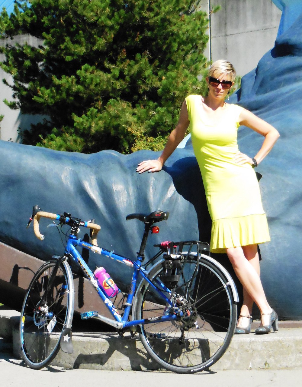 Neon yellow cycling dress | Bicitoro