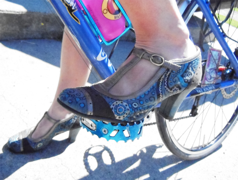 Painted shoes | Bicitoro